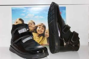 ФУТМАСТЕР Туфли (лечебная антивальгусная обувь) высокие берцы Мальвина 2400-0013 Черный лак
